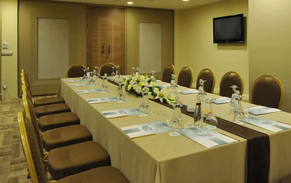 YASMAK MEETING ROOM